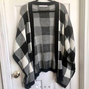 Jackets & Blazers - Knit plaid cardigan ✨